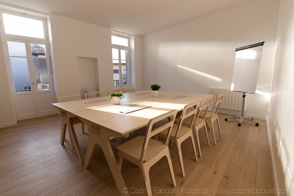 am nagement d 39 un espace de coworking la fabrique. Black Bedroom Furniture Sets. Home Design Ideas