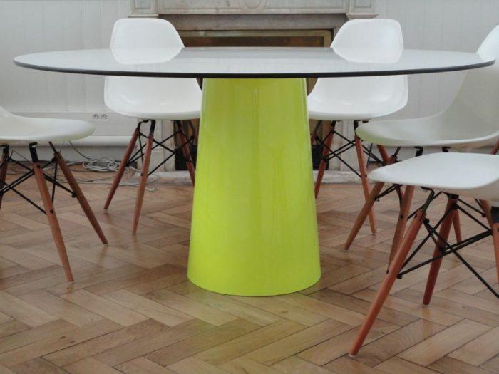 table de r union parente la fabrique. Black Bedroom Furniture Sets. Home Design Ideas