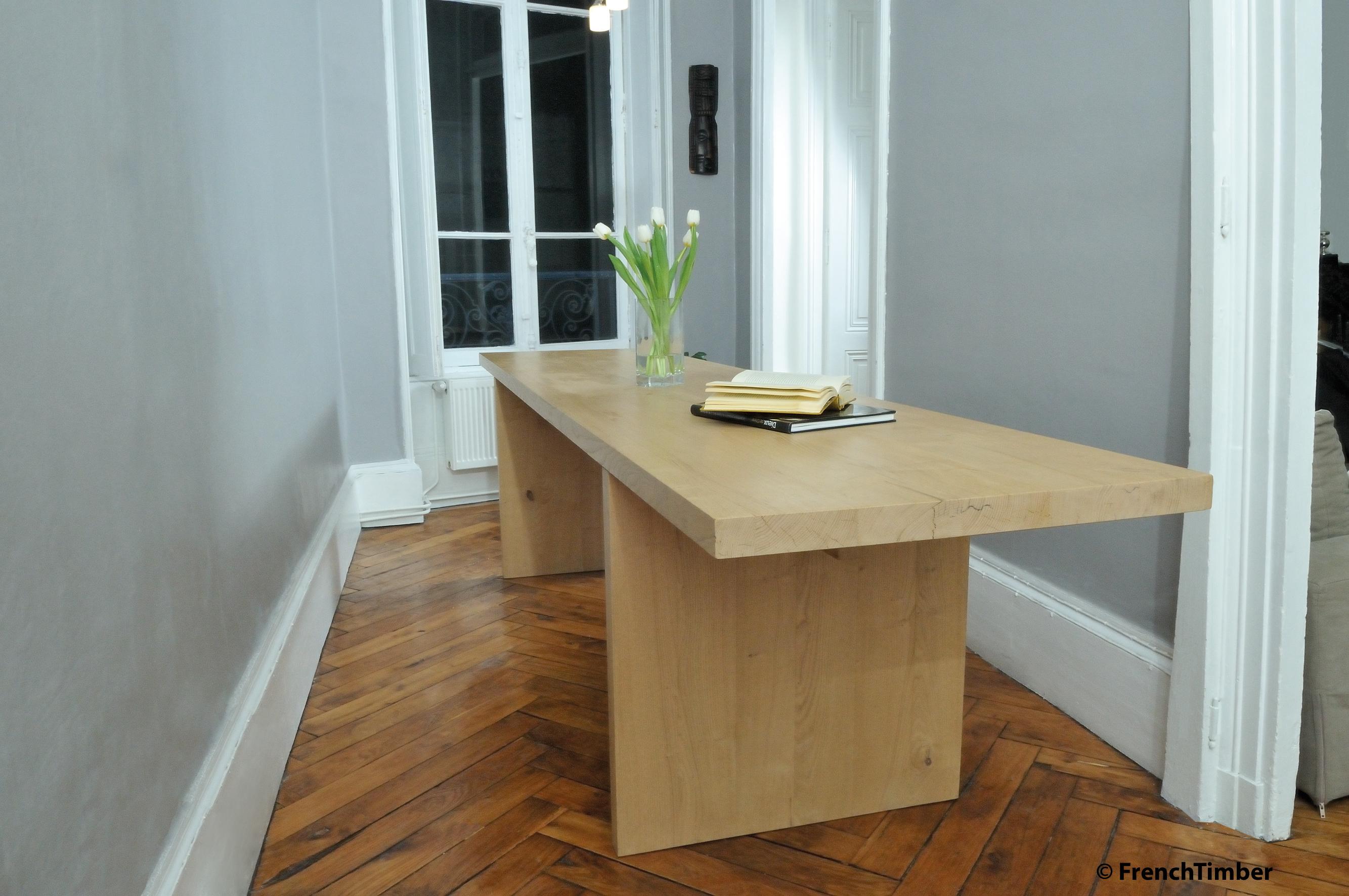 table de salle manger en ch taignier autric la fabrique. Black Bedroom Furniture Sets. Home Design Ideas